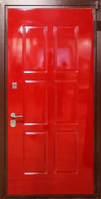 окрашенные эмалью стальные двери