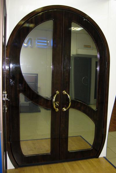 изготовление нестандартных входных дверей в москве цены